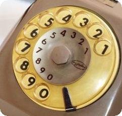 I dinosauri sono scomparsi in coincidenza dell'invenzione di questo telefono